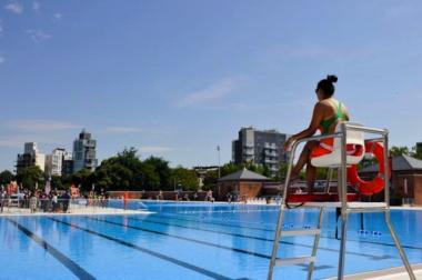 Hasidic women frequent Metropolitan Pool three times a week all months except for the summer.