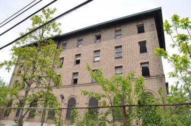 The city has built 16 of the 1,345 units it promised North Brooklyn in 2005.