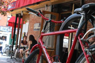 A list of brunches in Cobble Hill, Carroll Gardens, Red Hook and Park Slope that are near bike corrals and are easy to bike to.
