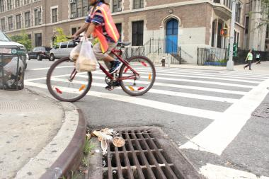 Street cleanliness ratings in Washington Heights and Inwood fell in May as the Department of Satiation paused Street cleaning in Community Board 12.