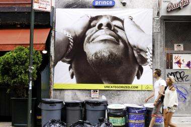 Photographer Chi Modu shot photos of Tupac Shakur and Snoop Dogg that were turned into New York City billboards.