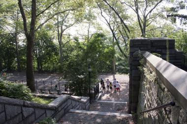 A new study from the New England Complex Systems Institute shows that Fort Tryon Park is the happiest spot in Manhattan.