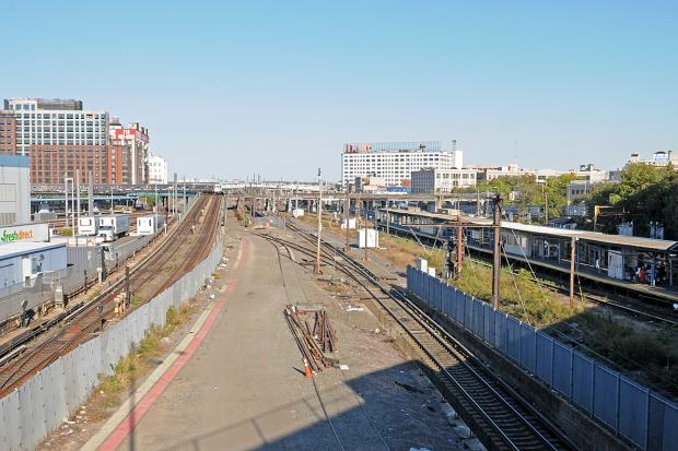 Sunnyside yards development will be costly and time for 20 sunnyside terrace staten island