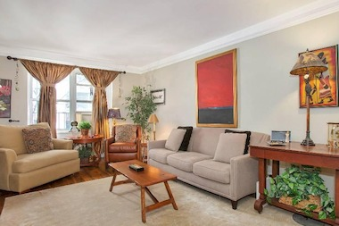 "In Manhattan, those seeking 80 percent or more in financing tend to be ""entry-level"" buyers looking in the $500,000 to $1 million range, brokers said."