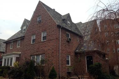 The home in the area's historic district sold for $940,000, much higher than the average sale.