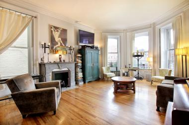 Home prices in Brownstone Brooklyn and North Brooklyn rose 13 percent over 2013, a report shows.