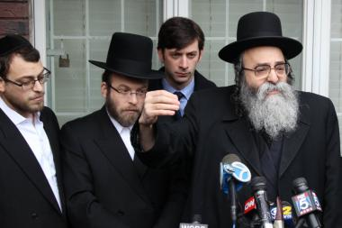 Leaders in the Orthodox community and family members renounced press reports criticizing Menachem Stark.