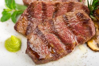 212 Steakhouse plans to offer Kobe beef steaks at an 80 percent discount, the owner said.