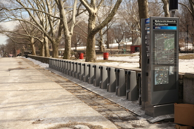 Retired journalist Ed Rademaekers' blog — bikeshareNYC — exposes data on the city's bike-less stations.