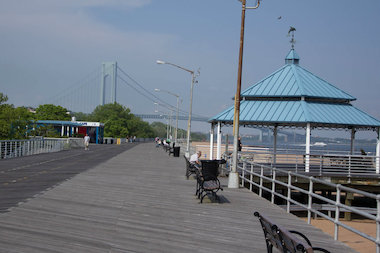 The city put out a request for proposals to design and build a children's amusement park along Staten Island's boardwalk on March 13, 2014.