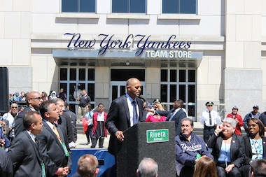 Mariano RIvera addresses the crowd at a street renaming ceremony in his honor.