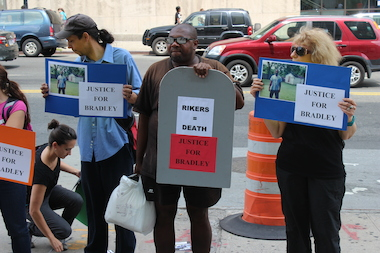 Advocates held a vigil for Rikers inmate Bradley Ballard on Thursday.