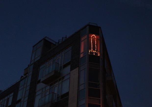 6 Foot Penis Shaped Christmas Light Display Angers