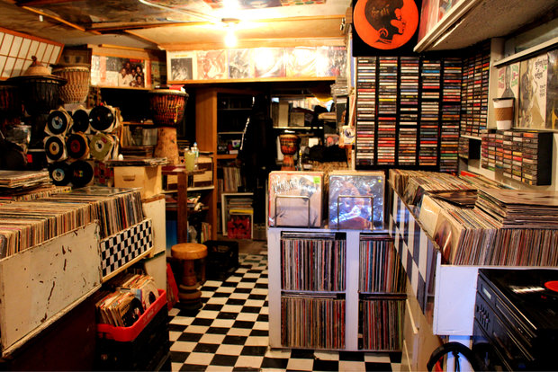 Israel S Record Shop Closing After 20 Years On Fulton