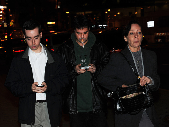 <p>Elizabeth Valle, mother of NYPD cop Gilberto Valle, and two other sons attended Gilberto Valle&#39;s arraignment Oct. 25, 2012.</p>
