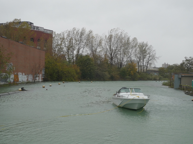 <p>During Hurricane Sandy, Gowanus residents were concerned whether boats docked in the canal would stay moored when the full brunt of the storm hit.</p>