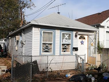Some homes waiting for Build It Back in Staten Island won't be able to start construction until September because the city needs to get special permits to build on lots too narrow or too shallow under the current zoning code. The earliest other houses can expect to be done is in November.