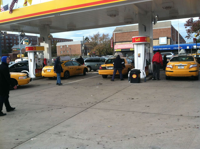 <p>Cabs poured into the Shell station on Northern Boulevard in Jackson Heights Thursday, as locals were turned away.</p>