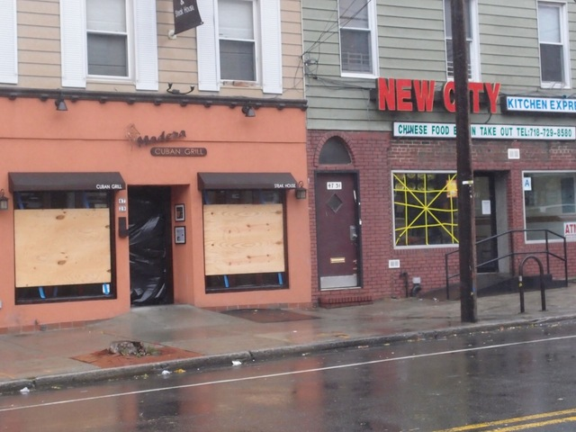 <p>Some stores along Vernon Boulevard were boarded up.</p> <div> 	<br /> 	&nbsp;</div>
