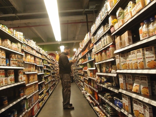 <p>Foodcellar supermarket in Hunters Point remained open on Monday morning</p>