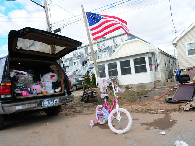 <p>Staten Island residents were still taking stock of what they owned on Sunday.</p>