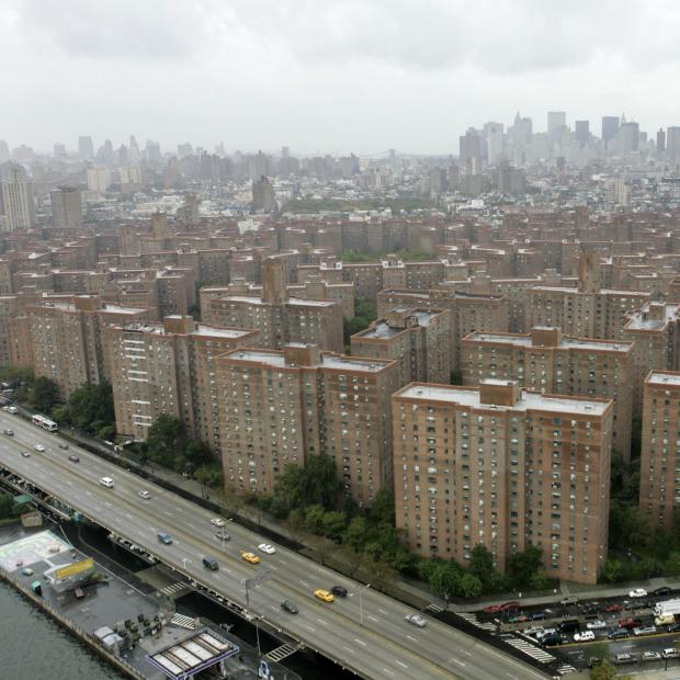 Court rules that stuyvesant town developer illegally for Peter cooper village rent