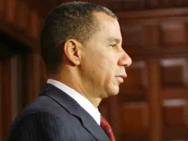 Gov. David Paterson faces a $96,375 fine for allegedly accepting free Yankees tickets.