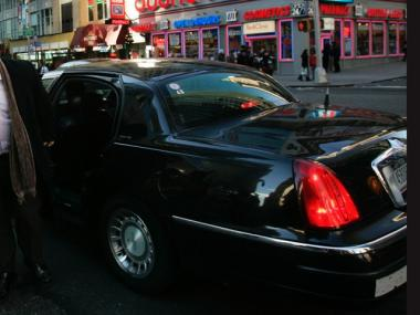 Mayor Bloomberg is expected to announce new livery cab rules, which will allow the cars to make on-street pick-ups outside Manhattan.