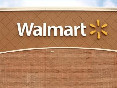 Walmart may be looking to expand into Manhattan in the near future.