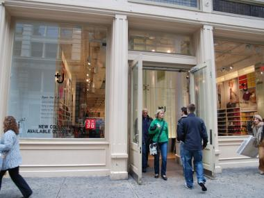 Soho uniqlo store is flooded greenwich village soho for 111 broadway 2nd floor