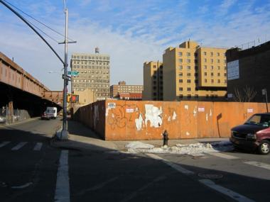 A rezoning of Park Avenue in East Harlem could spark development of empty lots, like this one, at East 123rd Street.