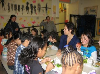 Chef Ellie Krieger showed students at P.S. 63 / P.S. 363 on East Third Street and First Avenue how to make a tasty salad as part of a new school lunch menu Wednesday.