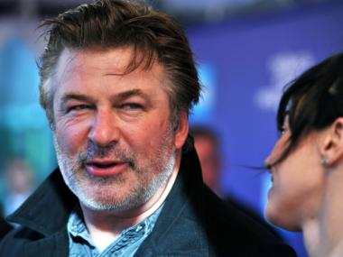 Alec Baldwin is considering a run for mayor of New York City, according to a report.