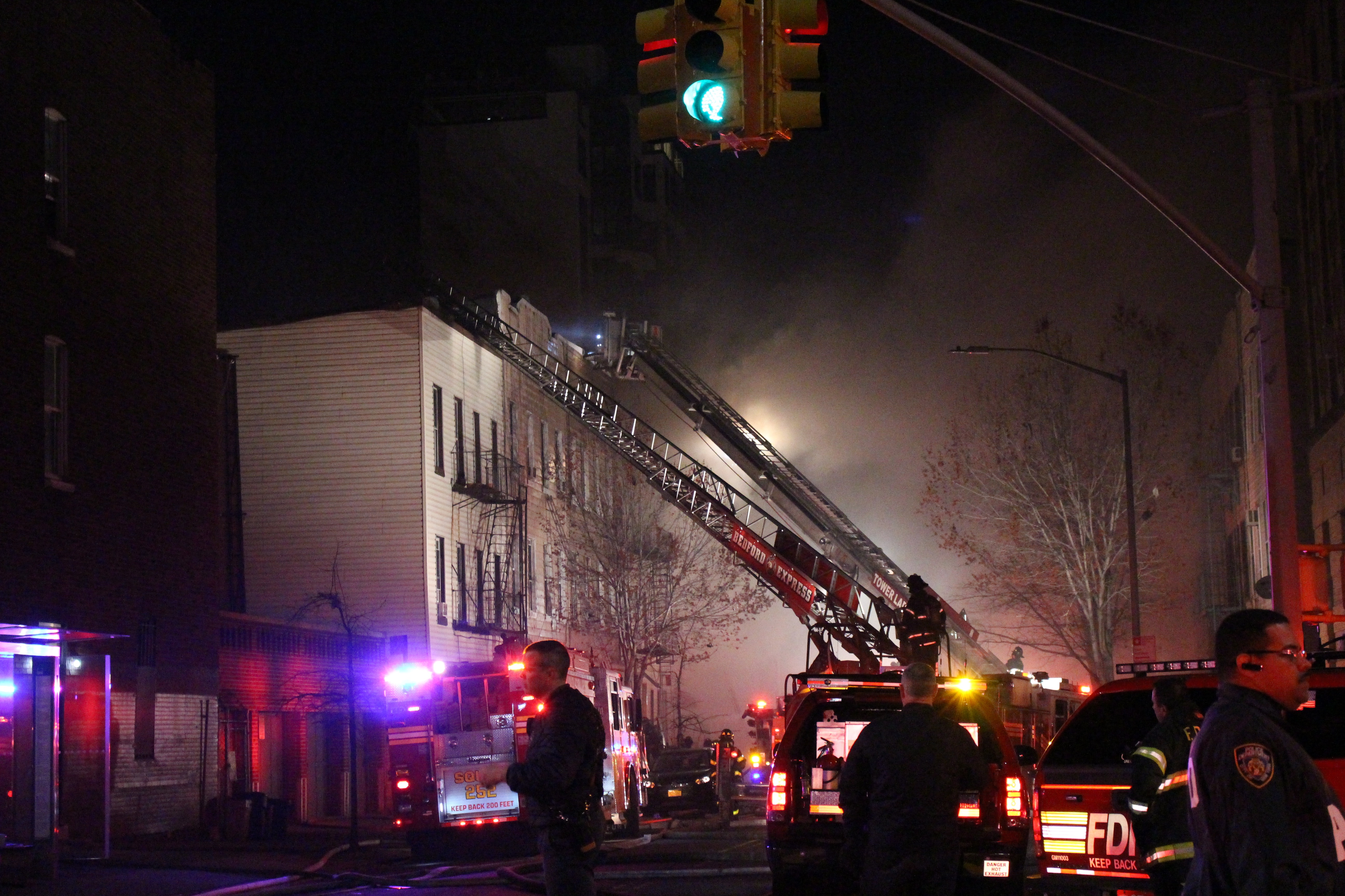 bed stuy fire 28 images bed stuy fire burns through 2