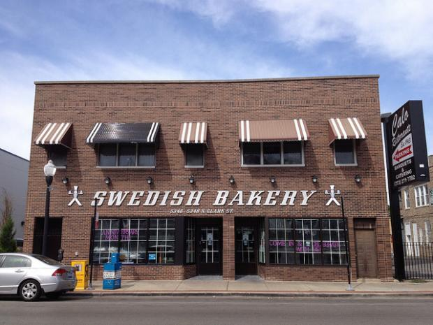 Andersonville's beloved Swedish Bakery opened to a sidewalk full of customers, some waiting in chairs, on its last day in business Tuesday.