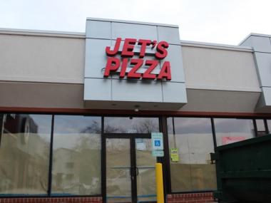 Jet's Pizza is expected to open in Lakeview at 2811 N. Ashland Ave. in December.
