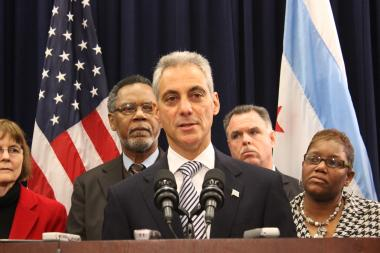 Mayor Rahm Emanuel gathered suburban and downstate mayors, Democrats and Republicans, in calling for gun control.