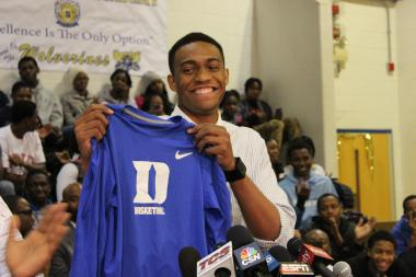 Jabari Parker, a senior at Simeon Career Academy High School on the South Side, and ranked one of the top basketball players in the country, announced Thursday that he plans to attend Duke University next fall.