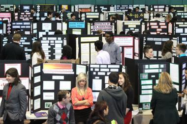Chicago Public Schools is seeking volunteer judges for its North Side science fair on Jan. 22.