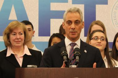"Flanked by Taft Principal Mary Kay Cappitelli and student Patrice Pirpiris, Mayor Emanuel announces expansion of the ""wall-to-wall"" IB program Thursday at Taft High School, 6530 W. Bryn Mawr Ave."