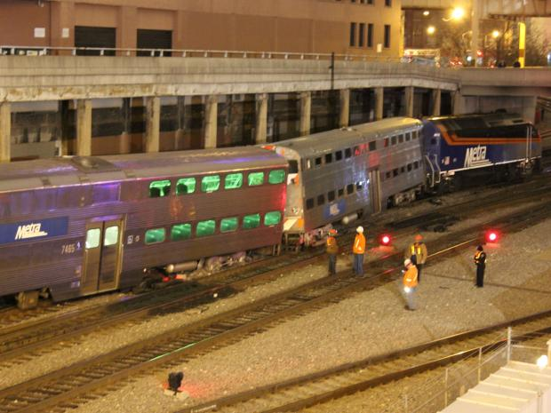 There were no passengers on a Metra train when it derailed just outside of Union Station Monday.