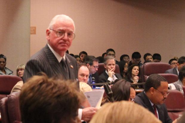Ald. Edward Burke wants to ban businesses from banning cash.