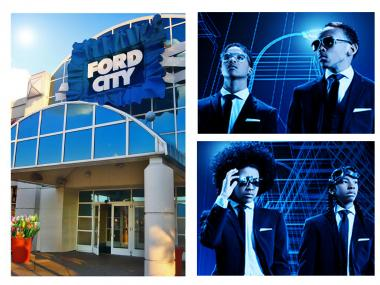 The boy band Mindless Behavior played at Ford City Mall before groups of teens ran amok through the mall and into the streets.