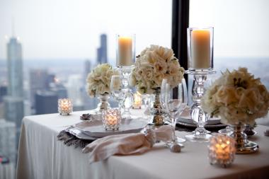 "The $2,000 ""Ultimate Romance"" deal at the Signature Room in the John Hancock Center includes a custom four-course dinner, champagne and unparalleled views."