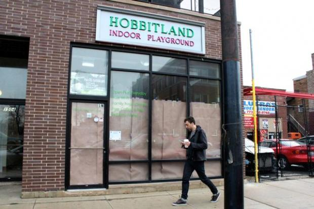 A work permit went up March 1 in the window of a storefront level condo at 1504 N. Western Ave.  Formerly home to a daycare canter and indoor playground called Hobbitland, which closed over a year ago, the space will become a foot spa.