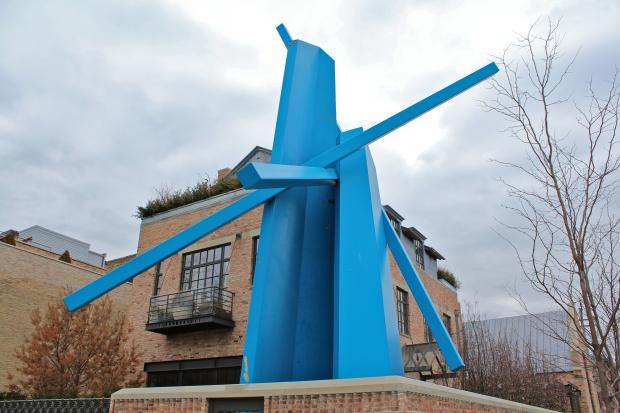 Chevron, a towering blue statue in front of a home on Armitage Avenue, will be taken down in the coming weeks, according to a  Crain's  report.