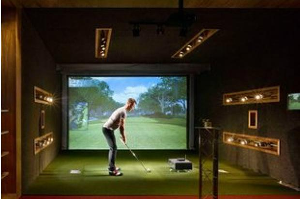 Fairways, a combination restaurant and virtual golf center, is under construction at 1141 W. Armitage Ave.