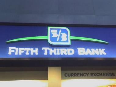 The man robbed a Fifth Third Bank branch in the 1400 block of East 53rd Street about 9:30 a.m. Friday, police said.