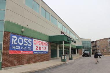 Ross Dress for Less will move into 1300 E. 47th St. later this year, a move expected to be announced by Ald. Will Burns (4th) on Wednesday.