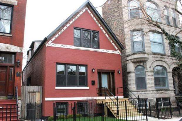 According to Realtor  Eva Bergant's blog ,  47 homes were sold in a four-week period from March 17 - April 14 in Wicker Park and Bucktown; just under half had been on the market for less than 30 days. Here's a few highlights.